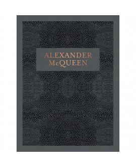 Книга «Alexander McQueen: Savage Beauty»