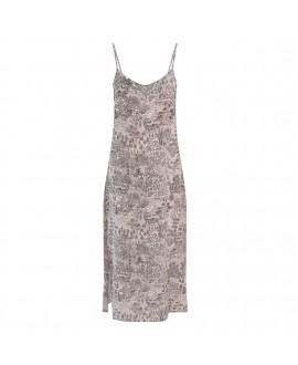 Платье Klements 'Dusk Slip' с принтом «Заброшенная деревня»