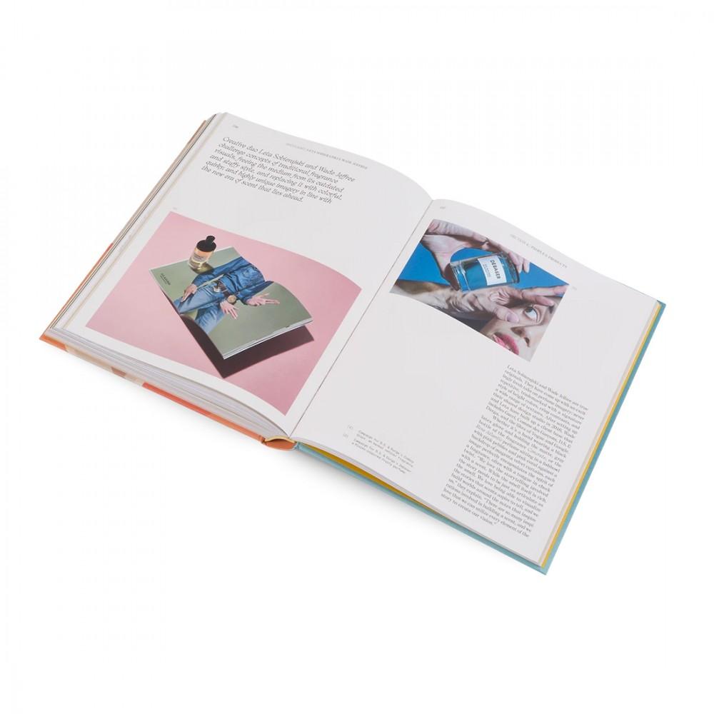Книга «Ароматы: откройте мир запахов и парфюмерии»